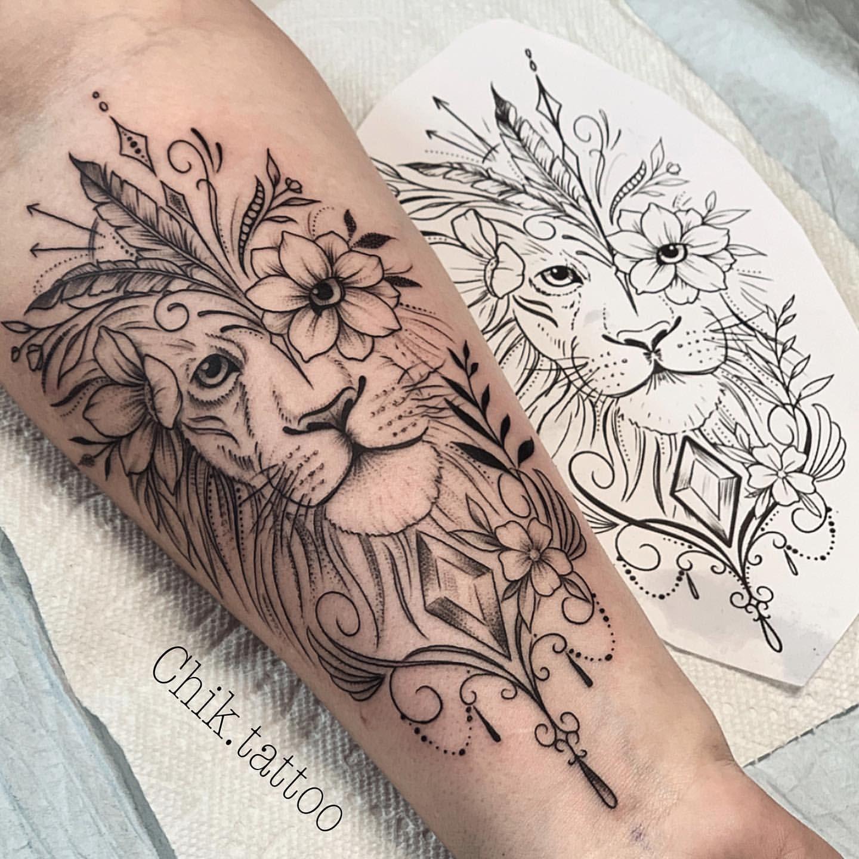 Leo Zodiac Horoscope Sign Symbol Tattoo Designs (208)
