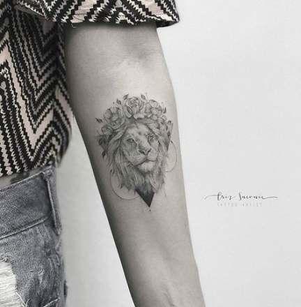 Leo Zodiac Horoscope Sign Symbol Tattoo Designs (210)