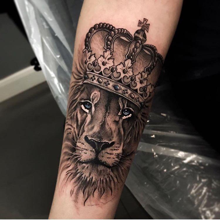 Leo Zodiac Horoscope Sign Symbol Tattoo Designs (23)