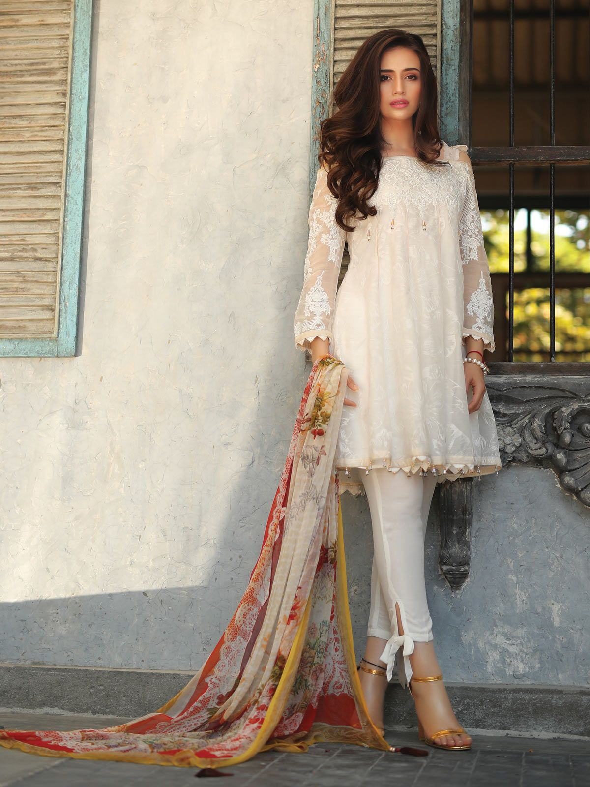 Party Wear Heavy Kurtis For Marriage (20)
