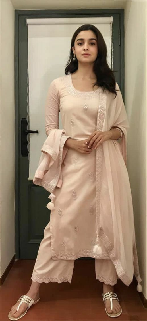 Party Wear Heavy Kurtis For Marriage (22)