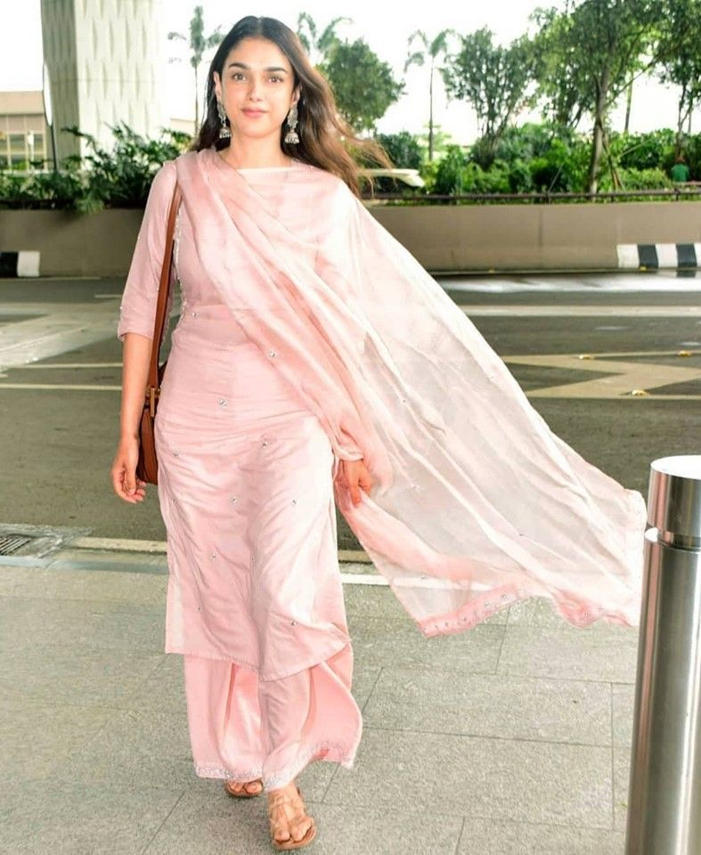 Party Wear Heavy Kurtis For Marriage (48)