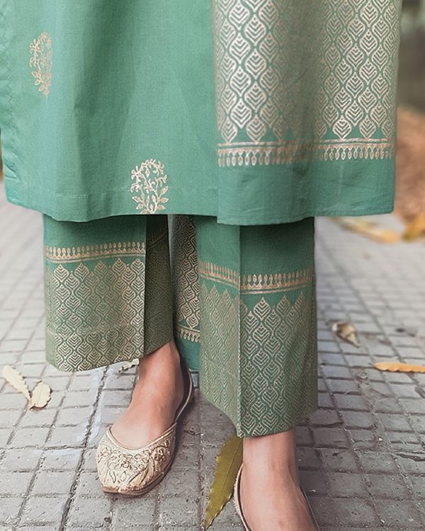 Party Wear Heavy Kurtis For Marriage (91)