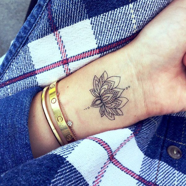 Small Forearm Tattoos For Females (7)