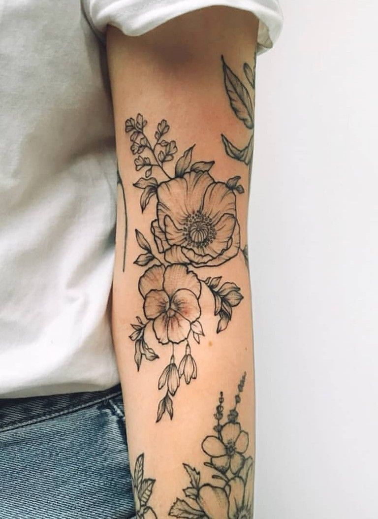 Small Tattoos For Women With Meaning (5)