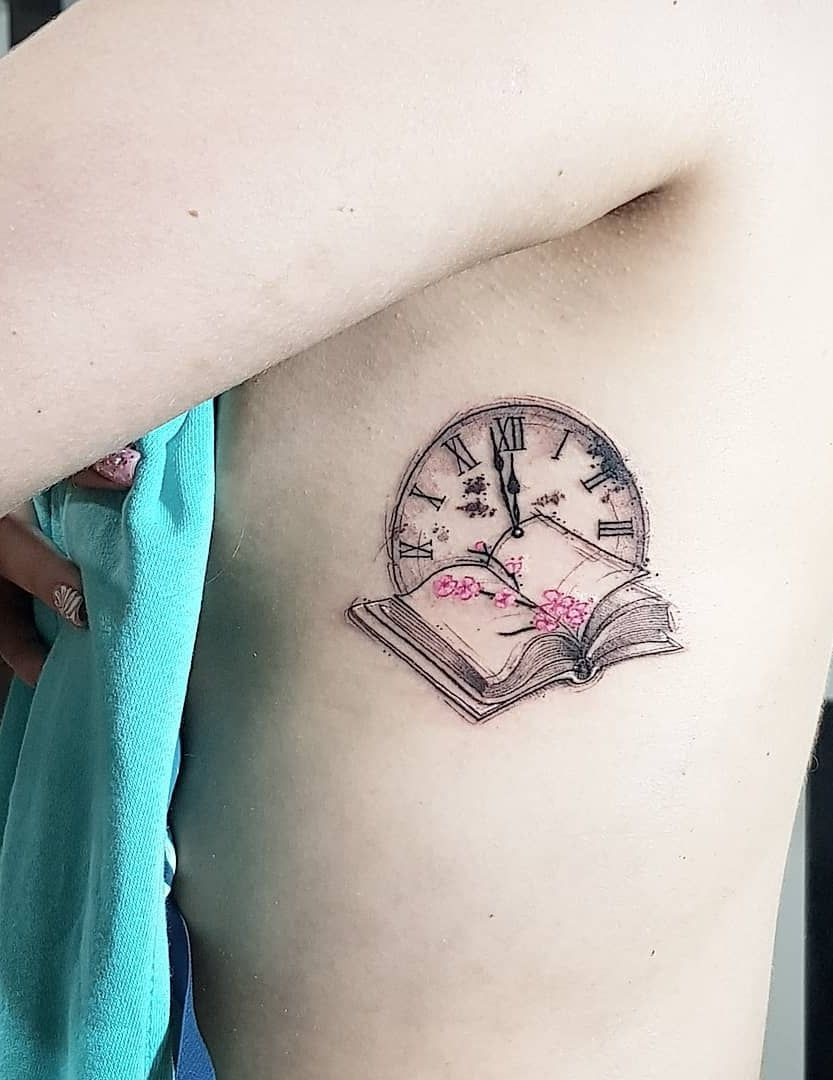 Cute Small Tattoo Designs For Girls Female Women (148)