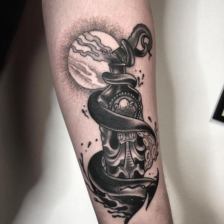 Small Simple Bioshock Tattoo Designs (114)