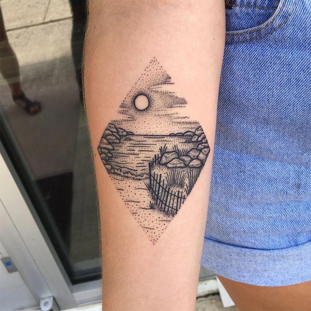 Small Simple Bioshock Tattoo Designs (53)