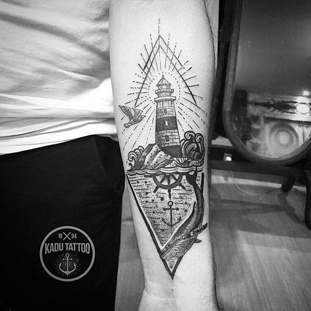 Small Simple Bioshock Tattoo Designs (65)