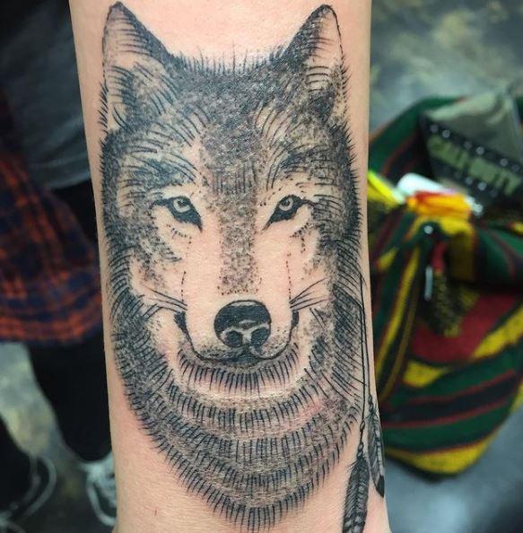 Paris Jackson Tattoos Wolf