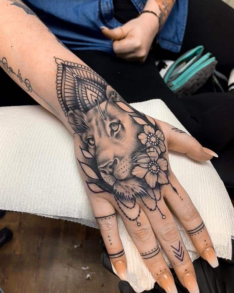Knuckle Tattoos 119