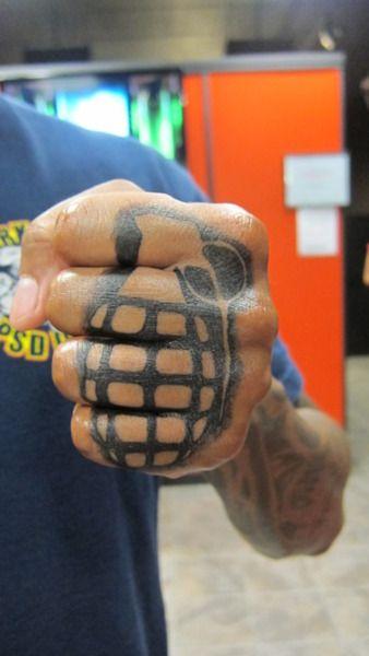 Knuckle Tattoos 182