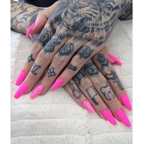 Knuckle Tattoos 31