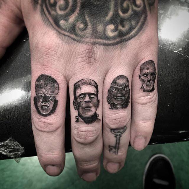 Knuckle Tattoos 90
