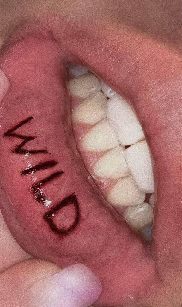 Lip Tattoo Ideas 3