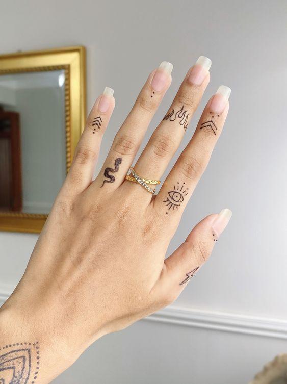 Aesthetic Tattoos 147