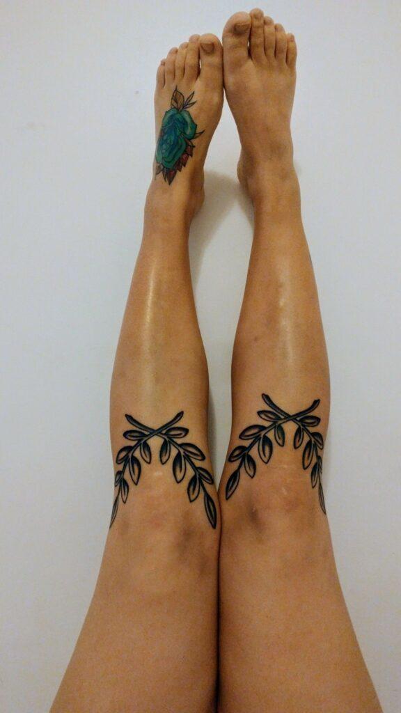 Knee Tattoos 115