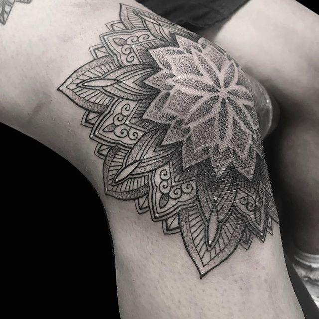 Knee Tattoos 132