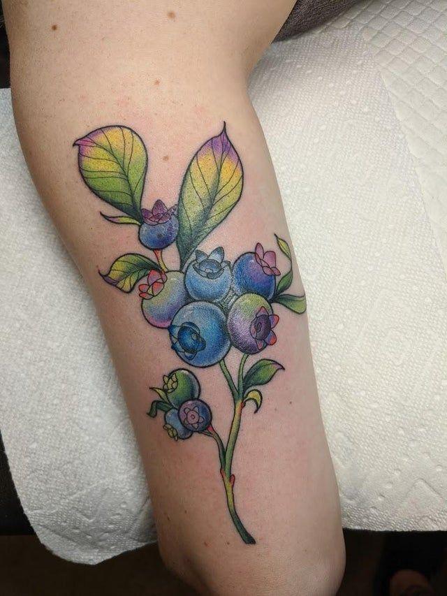 Knee Tattoos 26