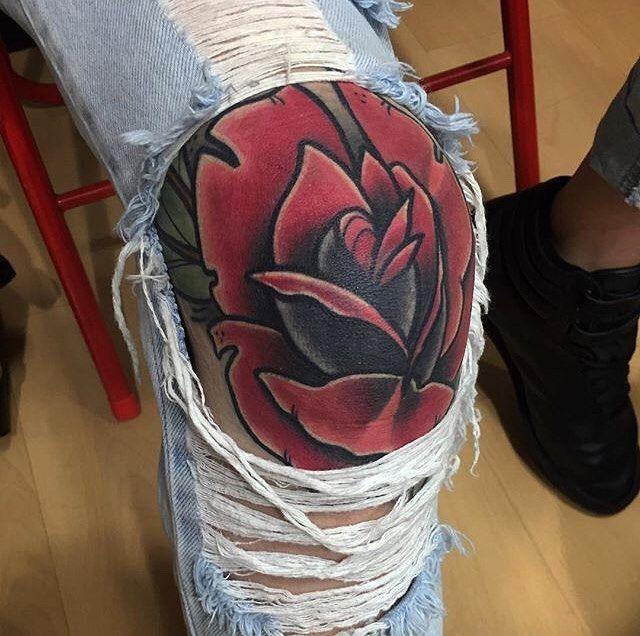 Knee Tattoos 64