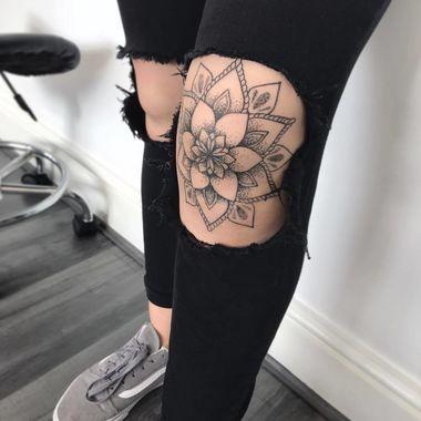 Knee Tattoos 86